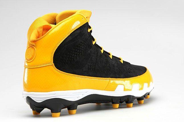 Black Yellow Jordan Cleat 1
