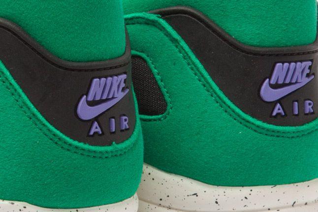 Nike Air Current Green Heel Logos 1