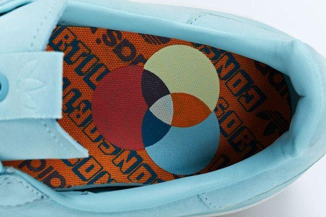 Adidas Consortium Adicolor Baby Blue Footbed Detail 1