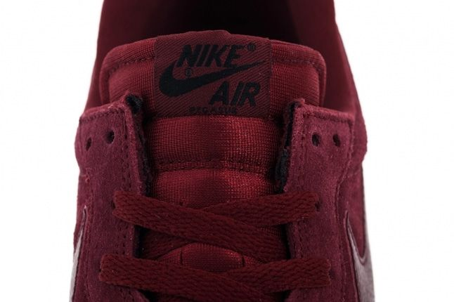 Nike Air Pegasus 83 Team Red Suede Tongue 1