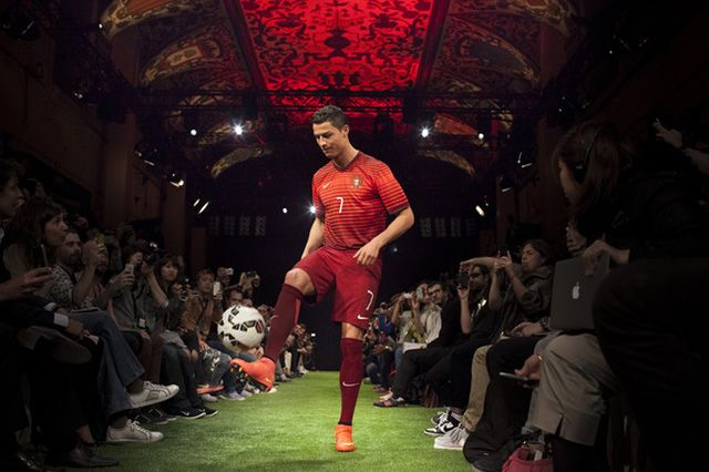 Nike Speed Toward World Cup With New Mercurial Superfly 8