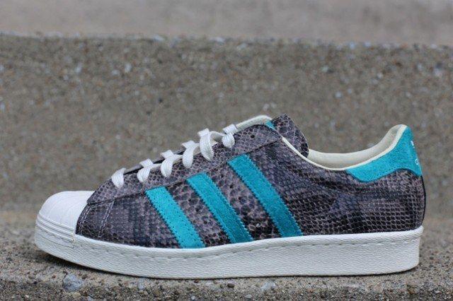 Adidas Superstar 80S Grey Turquoise Profile 1 640X4261