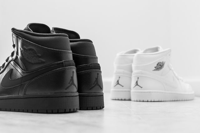 Air Jordan 1 Mid Essentials Pack 1