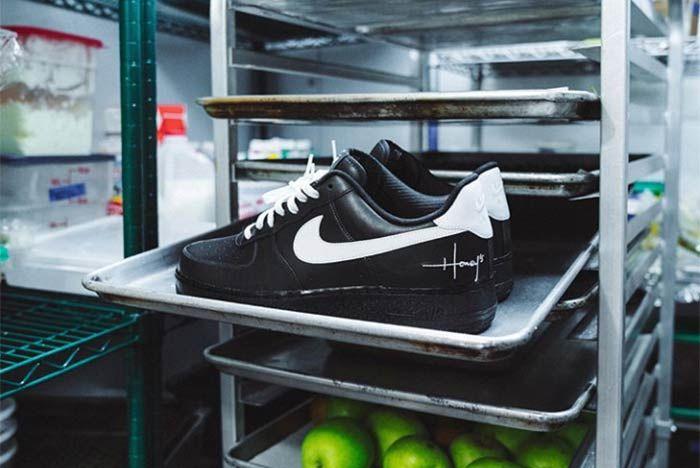 Nike Air Force 1 Staff Shoe 2
