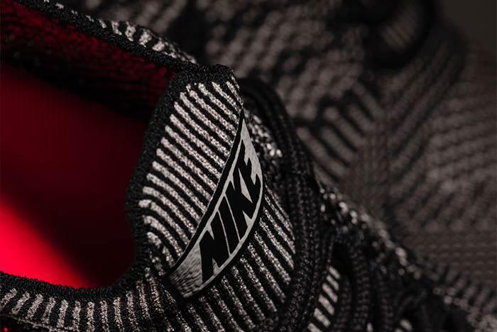 Nike Air Zoom Flyknit Mariah Racer 4