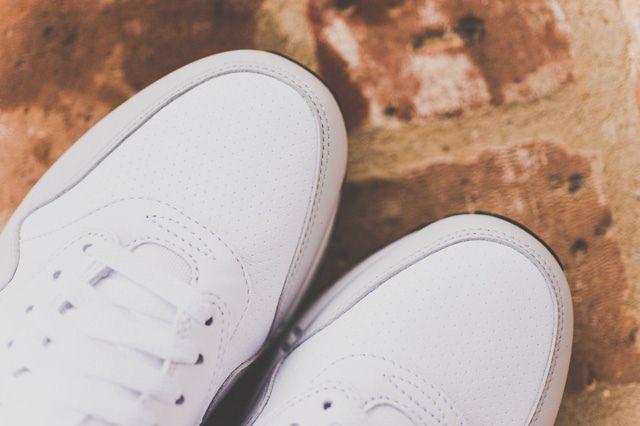 Nike Air Max 1 Leather Og White Uni Red 6