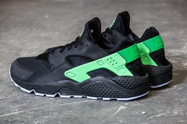 Nike Air Huarache Run Poison Green 1