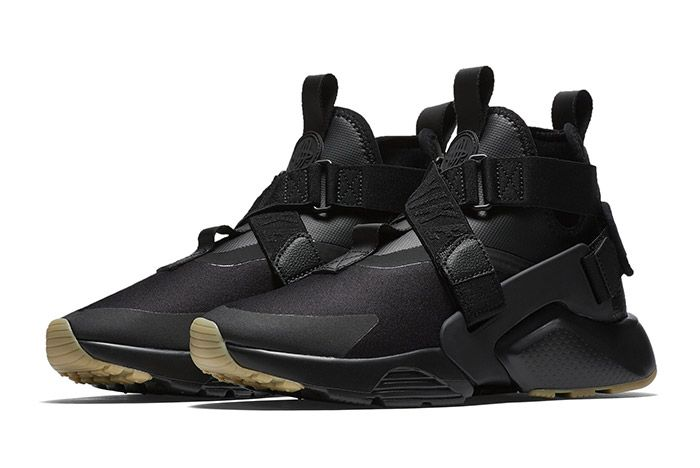 Nike Air Huarache City Black 5