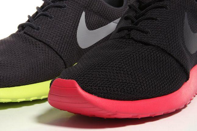 Nike Sportswear Roshe Run 04 1