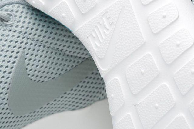 Nike Roshe Run Mica Green Summit 1