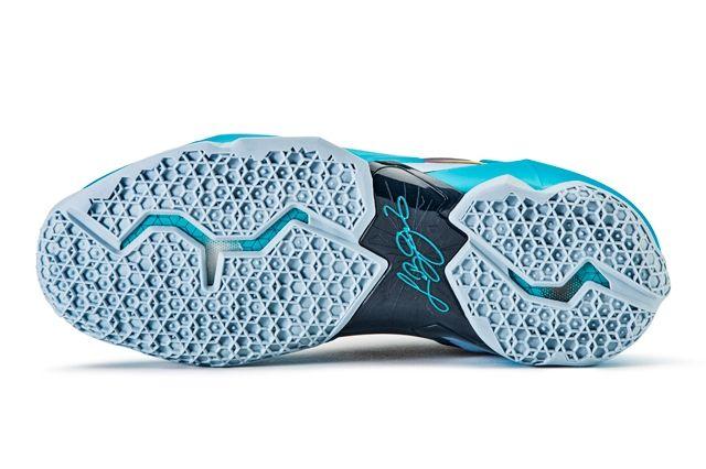Nike Le Bron 11 Gamma Blue 82