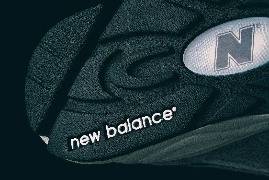 990 V2 Re Issue 21