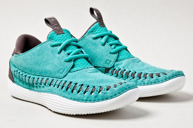 Nike Solarsoft Moccasin Teal Pair 1