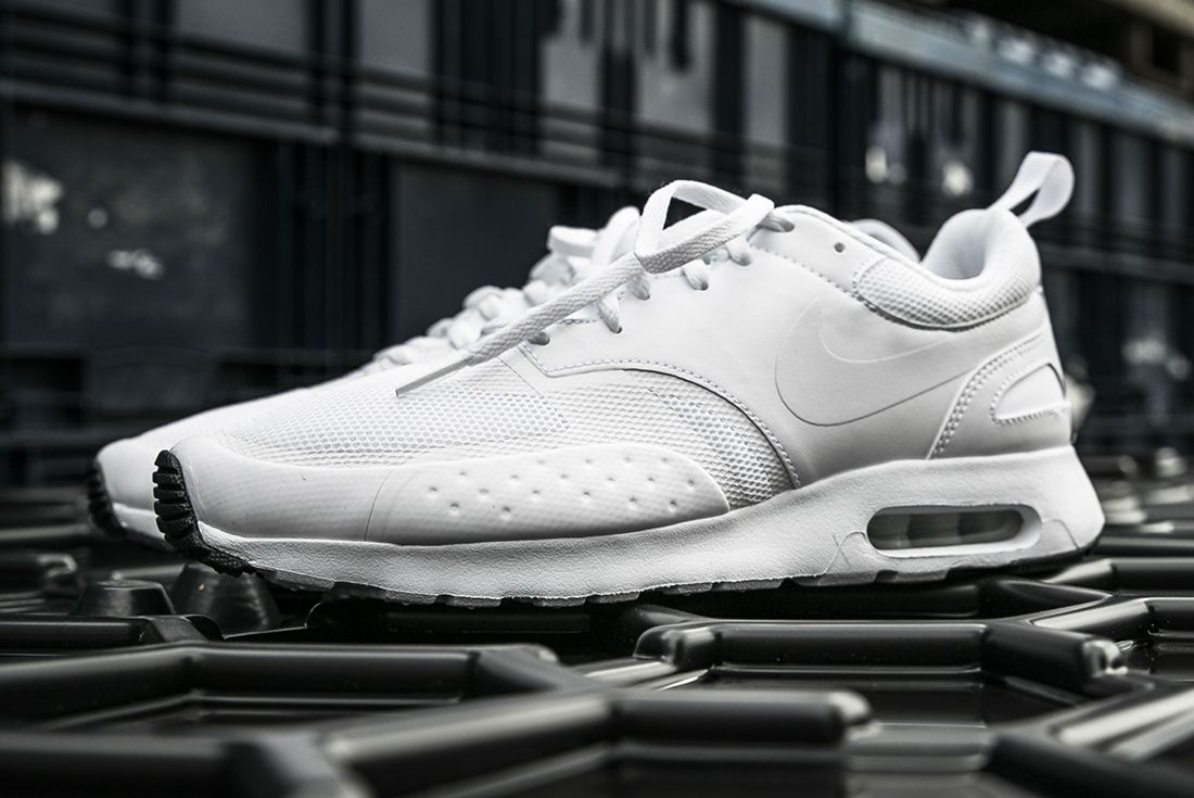 Nike Air Max Vision Triple White 4