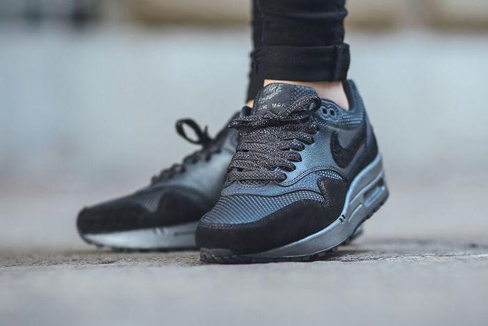 Nike Air Max 1 Womens Anthracitehematite5