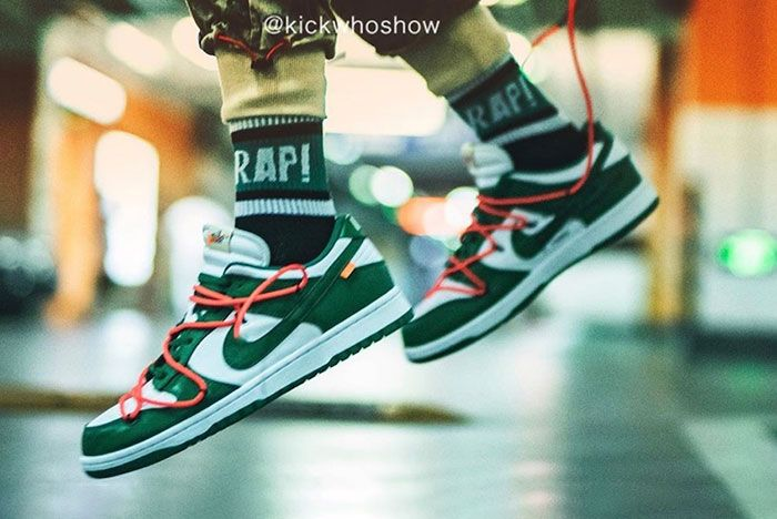 Off White Nike Dunk Low Pine Green Ct0856 100 On Foot Shot5
