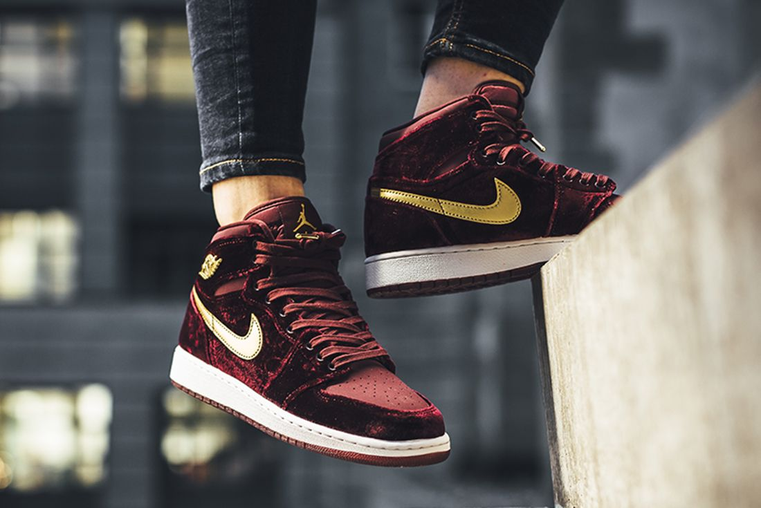Air Jordan 1 Heiress Velvet C