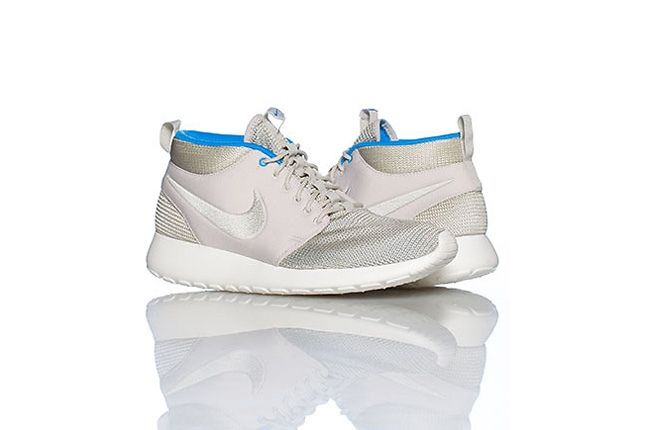 Nike Rosherun Mid White Blue Hero 1