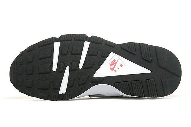 Wmns Nike Air Hua 5