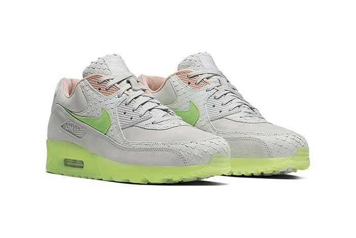 Nike Air Max 90 Snakeskin Right 2