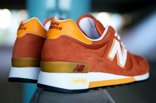 New Balance Classic 1300 Cp Heels 1