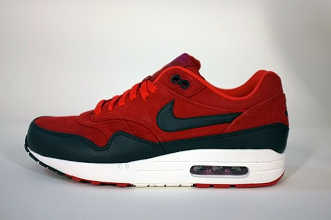 Nike Air Max 1 Holiday 2012 Preview 06 1