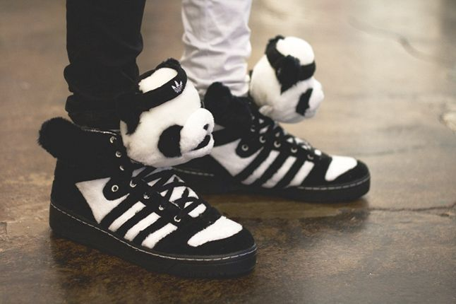 Sneaker Freaker Germany Launch Issue 4 16 1