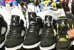 Sneaker Con Thumb