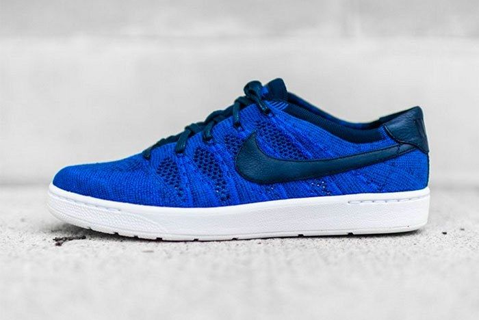Nike Tennis Classic Ultra Flyknit Blue Feature