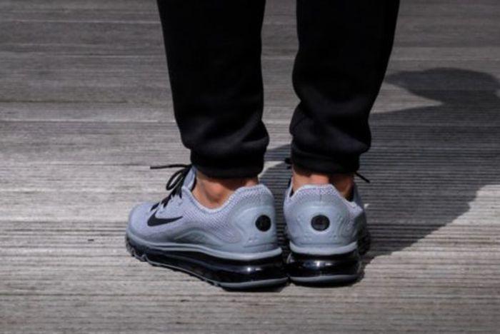 Nike Air Max More 1 565X372