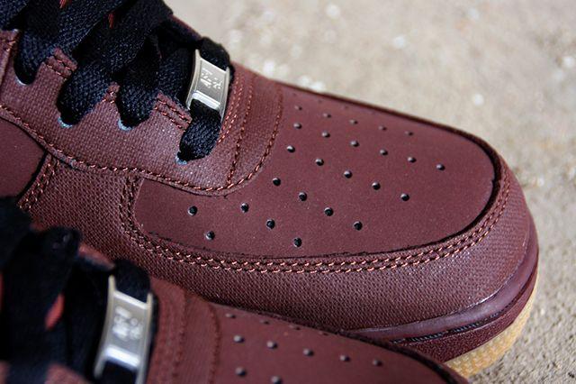 Nike Air Force 1 Brown Gum