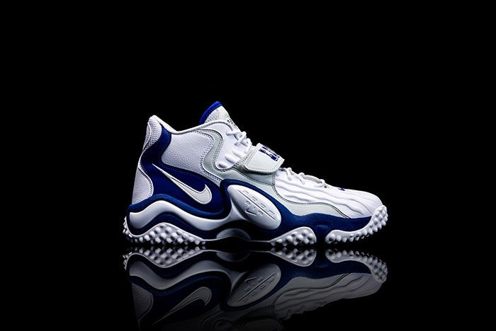 Barry Sanders Nike Air Zoom Turf Jet 97 Medial