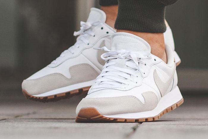Nike Air Pegasus 83 Premium White Grey