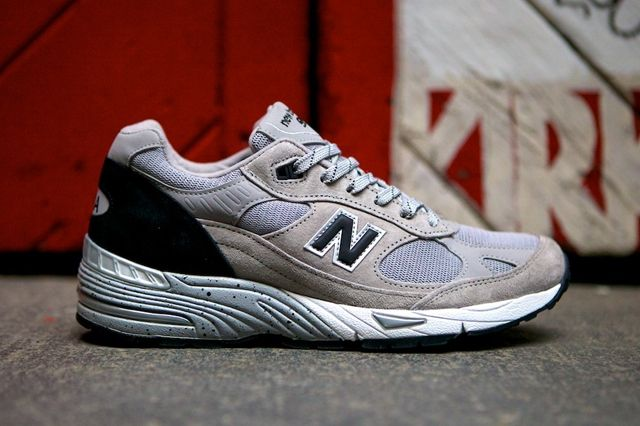 New Balance 991 Made In Usa Grey Black 6