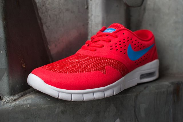Koston2 Max Red Perspective