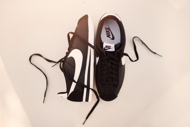 Nike Cortez Nylon Black White 1