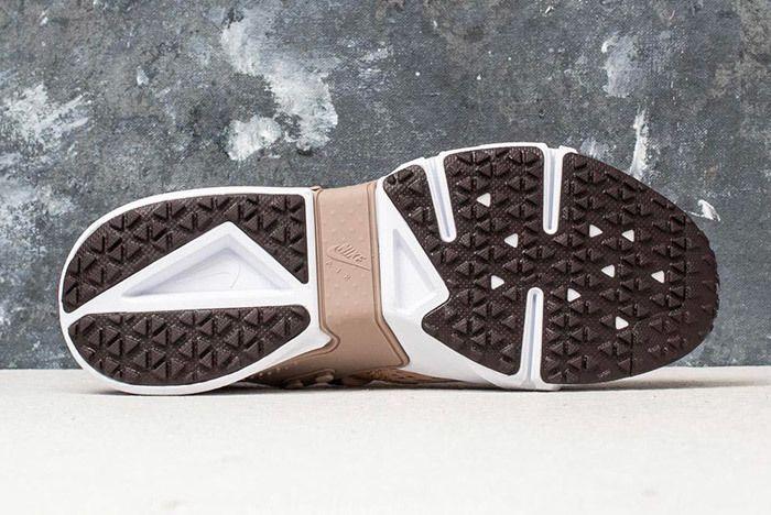 Nike Air Huarache Drift Breathe Sand 5