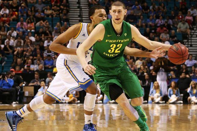 Oregon Ducks Nike Selling Ben Carter