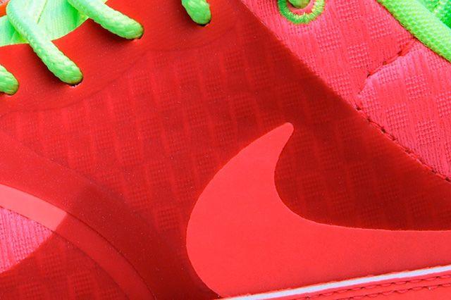 Nike Air Max Thea Woven Qs Pack Atmoic Red 3