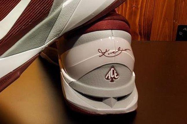 Nike Kobe 7 Lower Merion Aces 02 1