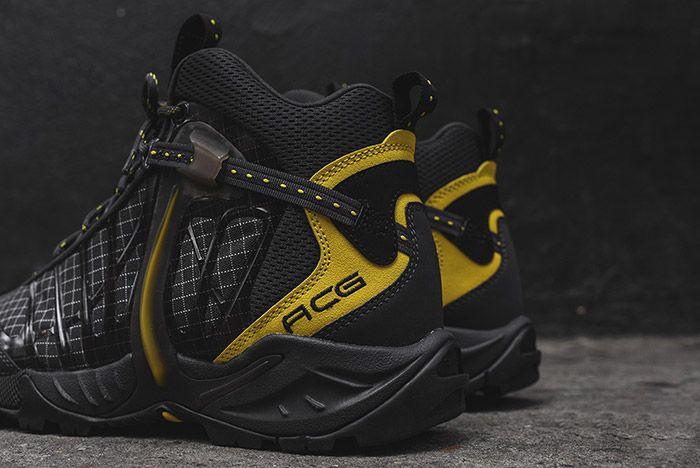 Nike Acg Air Zoom Tallac Lite Og Black Yellow 1