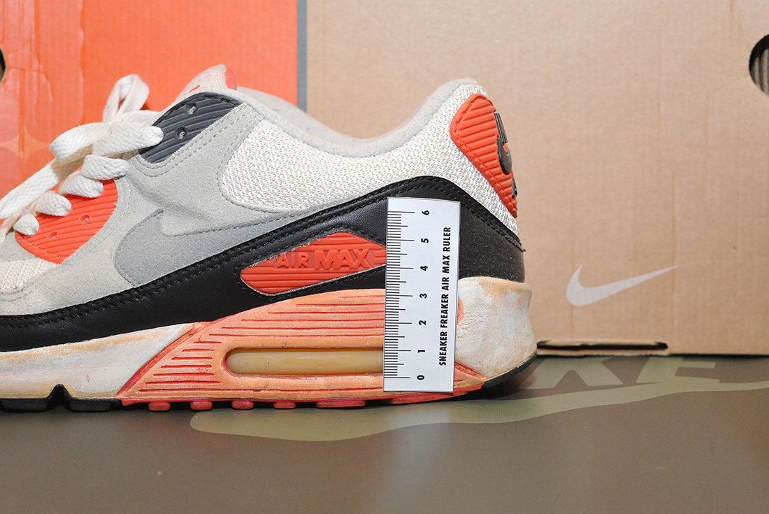 Nike Air Max 90 Infrared 2003 Air Bubble Ruler