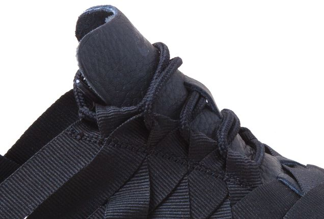Nike Roshe Run Woven Blk Laces 1