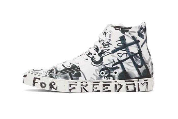 Vetements White Georgian Graffiti Sneaker Side Shot 8