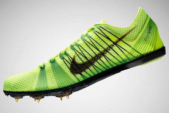 Nike Pro Field Footwear 4 1