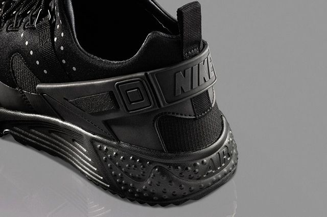 Nike Air Huarache Utility Black Black 2