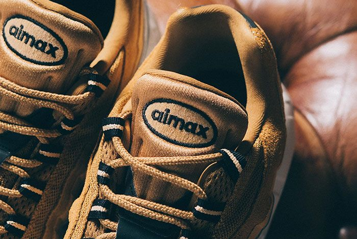 Nike Air Max 95 Wheat Gold At9865 700 Tongue