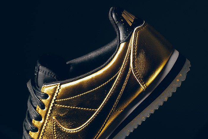 Nike Classic Cortez Metallic Gold 4