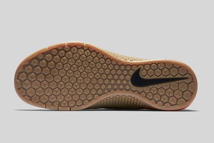 Nike Metcon 1 Black Total Orange Baroque Brown 4