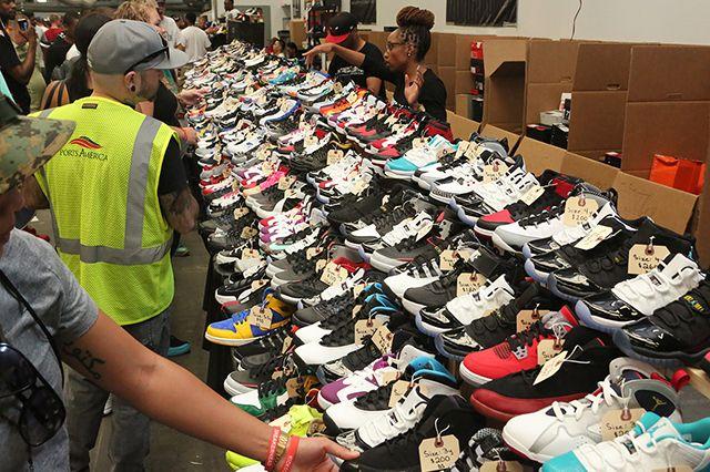 Sneaker Con 62